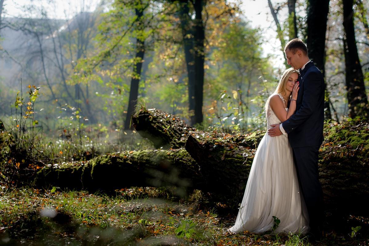 sesje ślubne w parku
