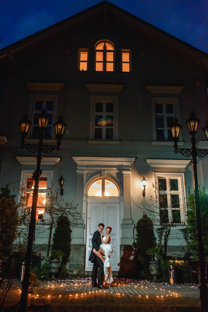 nocne zdjęcia na weselu ślubie