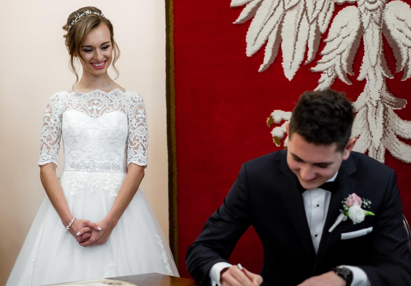 sala na skarpie fotograf slubny slask malopolska adam pietrusiak plener slubny w gorach jw wedding 113