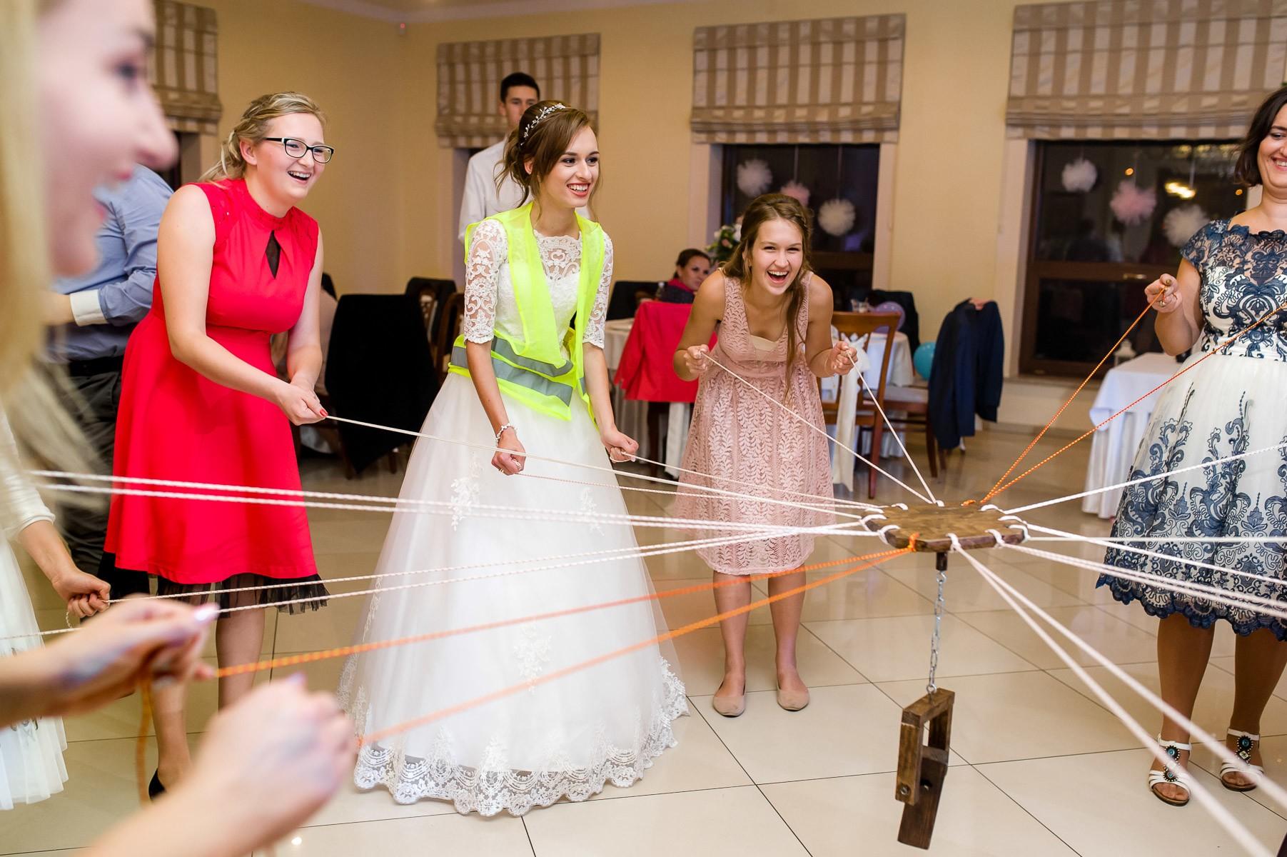 sala na skarpie fotograf slubny slask malopolska adam pietrusiak plener slubny w gorach jw wedding 147
