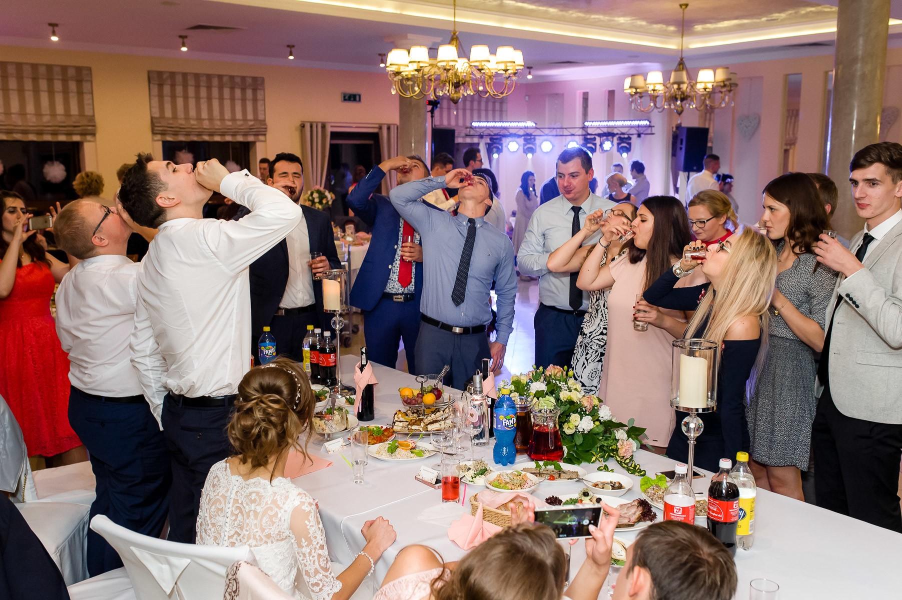 sala na skarpie fotograf slubny slask malopolska adam pietrusiak plener slubny w gorach jw wedding 149