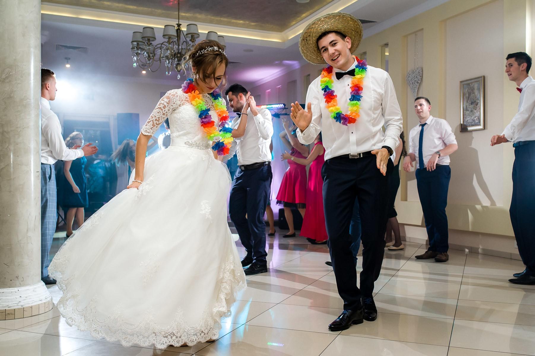 sala na skarpie fotograf slubny slask malopolska adam pietrusiak plener slubny w gorach jw wedding 151