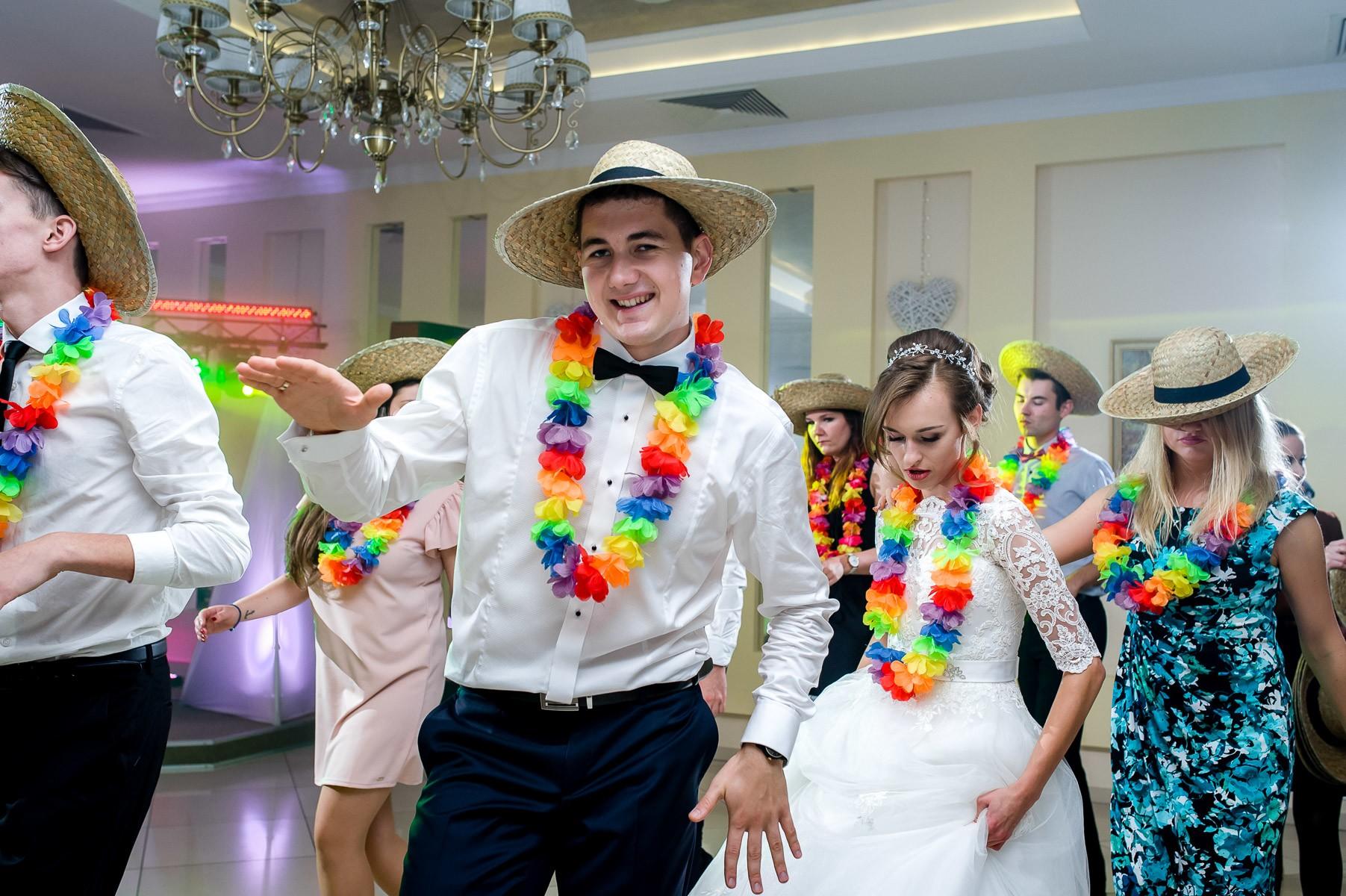 sala na skarpie fotograf slubny slask malopolska adam pietrusiak plener slubny w gorach jw wedding 153