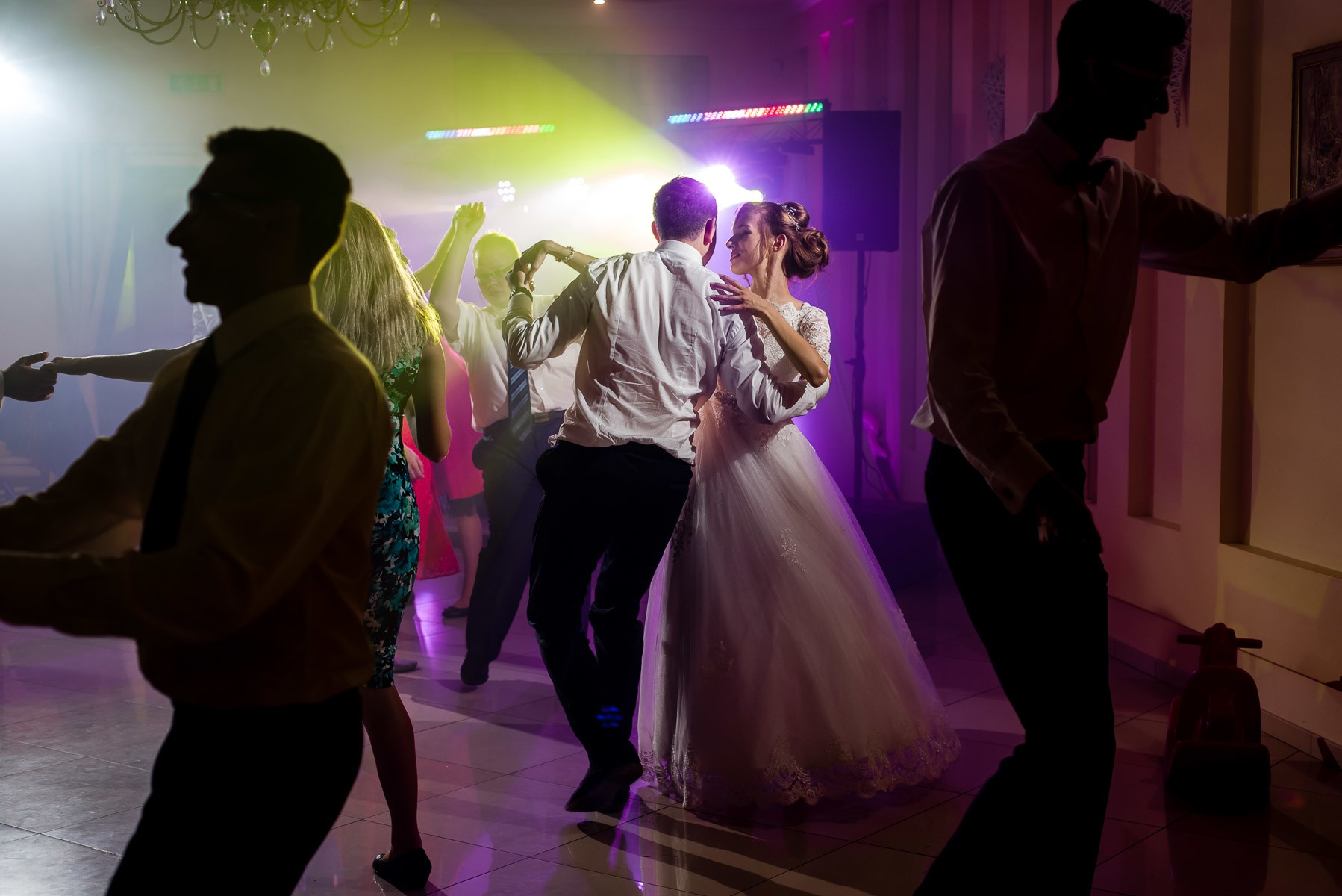 sala na skarpie fotograf slubny slask malopolska adam pietrusiak plener slubny w gorach jw wedding 163