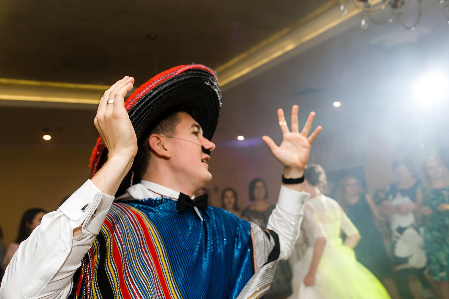 sala na skarpie fotograf slubny slask malopolska adam pietrusiak plener slubny w gorach jw wedding 169
