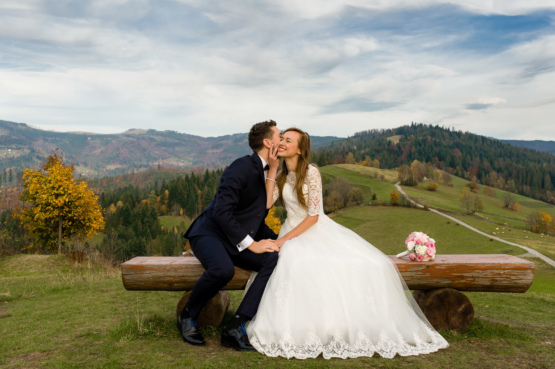 sala na skarpie fotograf slubny slask malopolska adam pietrusiak plener slubny w gorach jw wedding 181