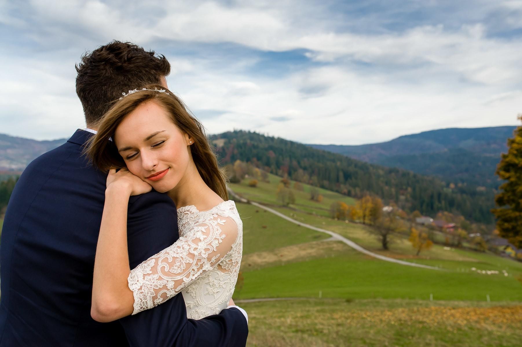 sala na skarpie fotograf slubny slask malopolska adam pietrusiak plener slubny w gorach jw wedding 183