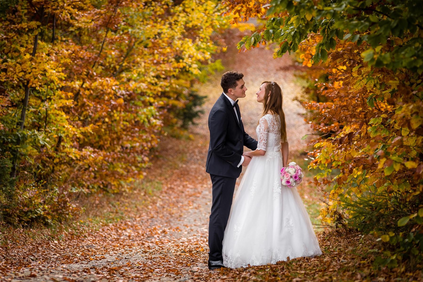 sesja ślubna jesienią fotogenesis