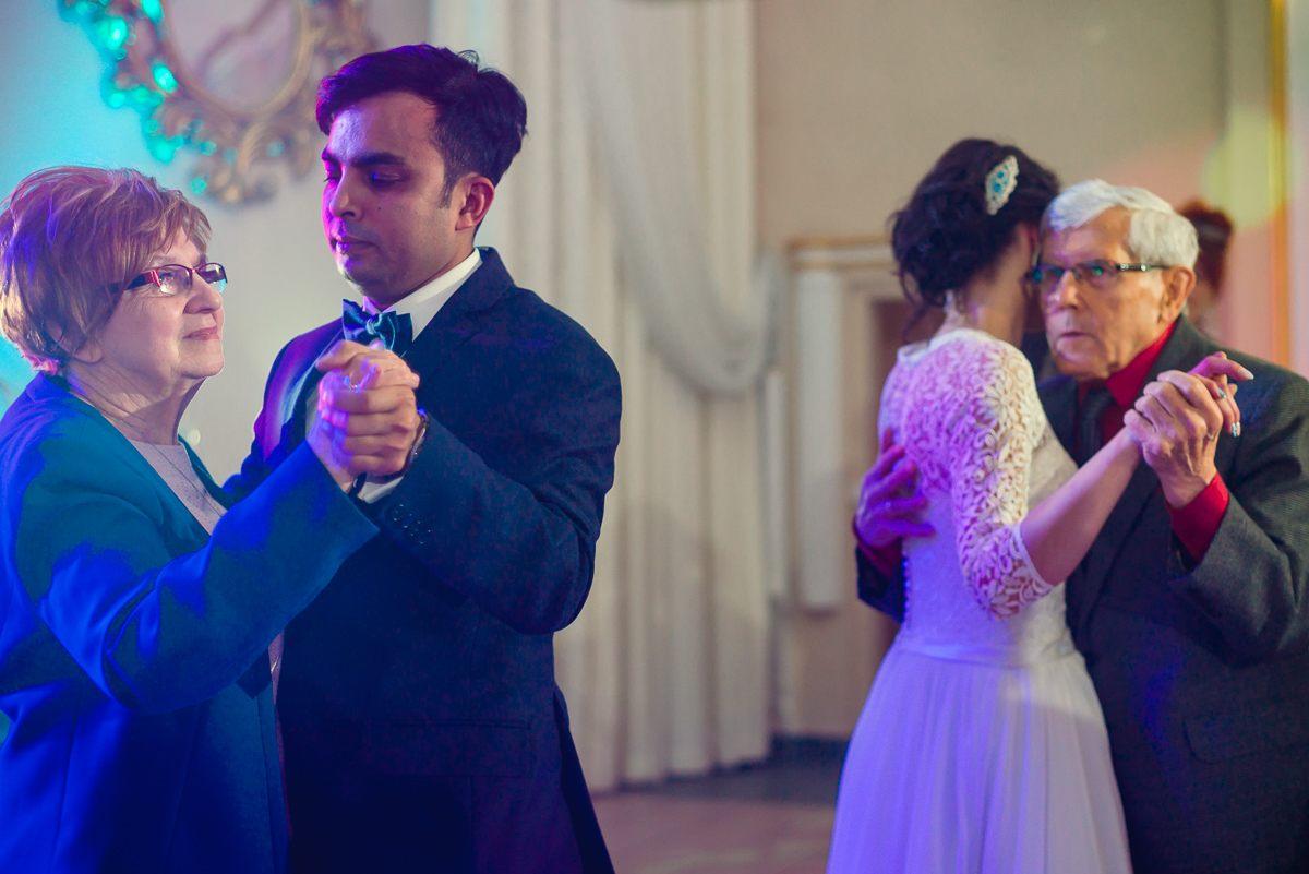 fotograf slubny katowice krakow wesele w stylu bollywood 213